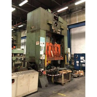 EMANUEL PRESSE S2 315-2130x1370 Pressa meccanica a doppio montante