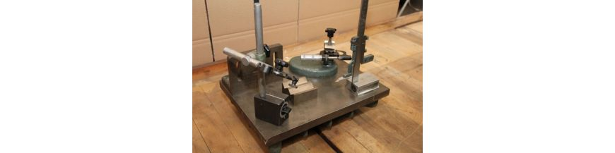 SURFACE MEASURING MARKING PLATES AND TABLES