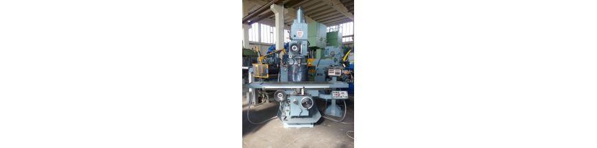 Vertical knee type milling machines