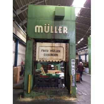 MULLER BZE 315.18 Double sided uprights hydraulic press with one pressing point